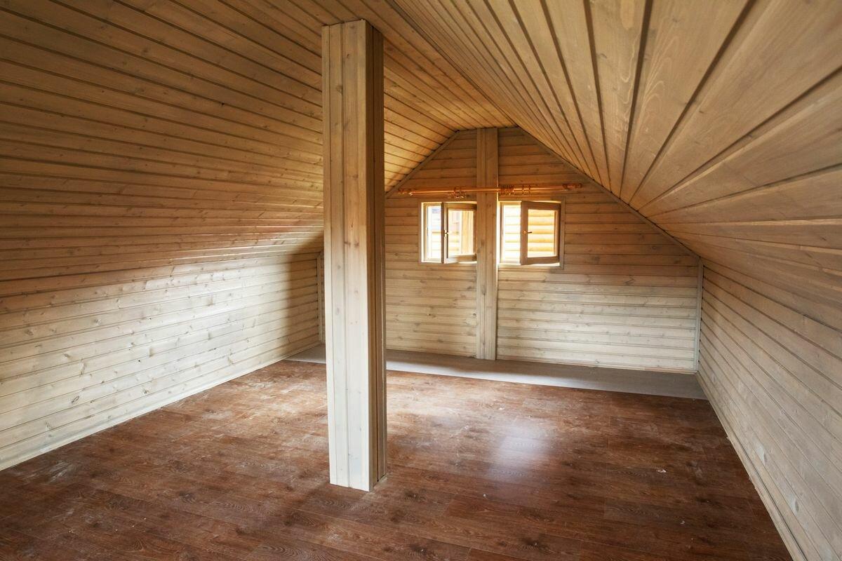 Отделка деревянного дома внутри фото второй этаж только
